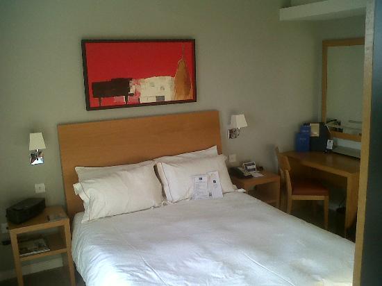 Hart's Hotel: Room 32