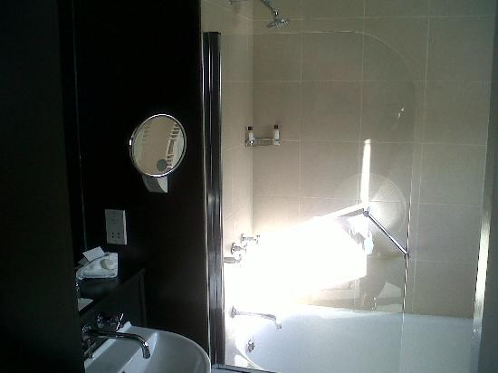 Hart's Hotel: Room 32 - Bathroom