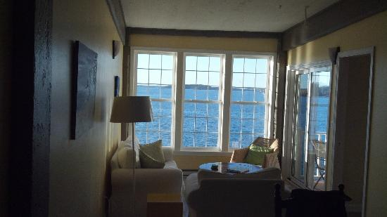 The Inn at the Wharf: View of the sitting area in Seawatch