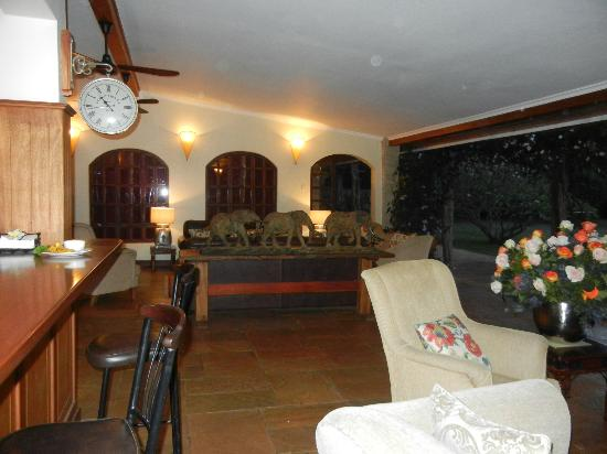 Hogmead: bar and main area