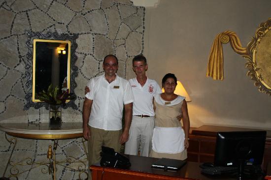 Paradisus Rio de Oro Resort & Spa: John with some friends