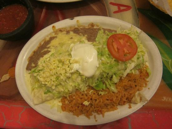 Casa Mexicana : Burrito Frontera - very good and enough for three meals