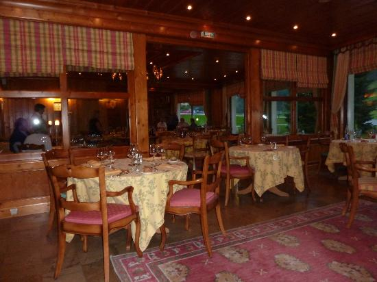Hotel les Buttes : salle à manger
