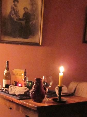 Le Thé dans la Vigne : Table for two