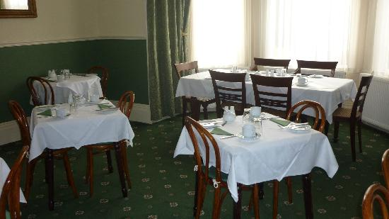 Riviera Lodge Hotel Torquay: breakfast dining area