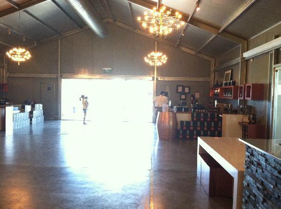 كراوني بلازا هانتر فالي: wine tours 
