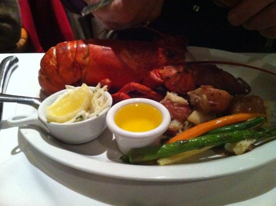 The Five Fishermen (upstairs only) : lobster dinner