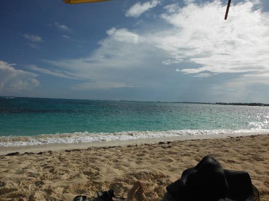 Atlantic Ocean Beach Villas: beach