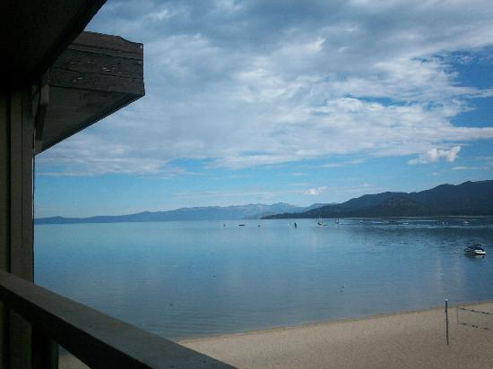 Tahoe Lakeshore Lodge and Spa: View