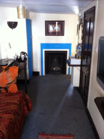 second room in suite