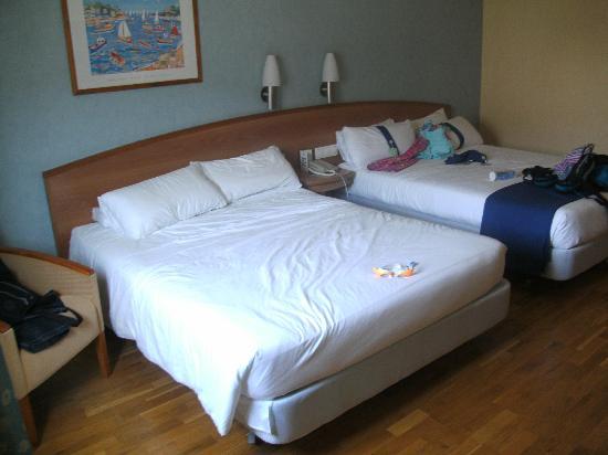 Holiday Inn Alicante - Playa de San Juan: Our room