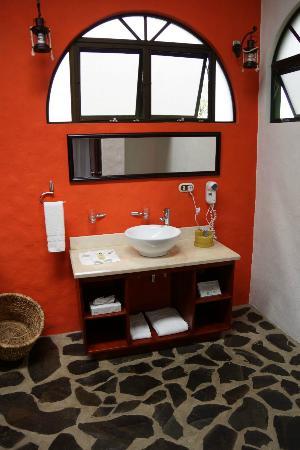 Hotel Mountain Paradise: Badezimmer In Der Master Suite