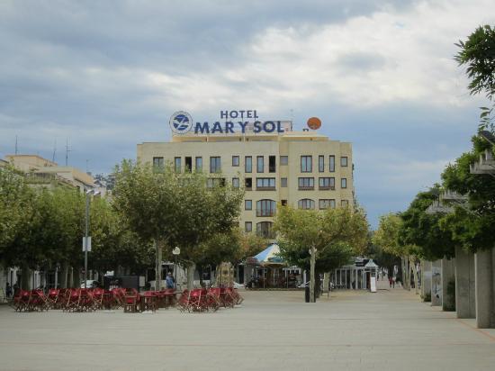 Prestige Hotel Mar Y Sol : Hotel Mar Y Sol, Roses in Placa Catalunya