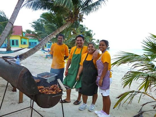 Tranquility Bay Resort: Beach barbecue