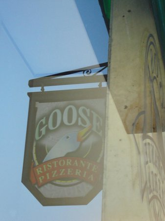 Goose : Restaurant sign from a window seat