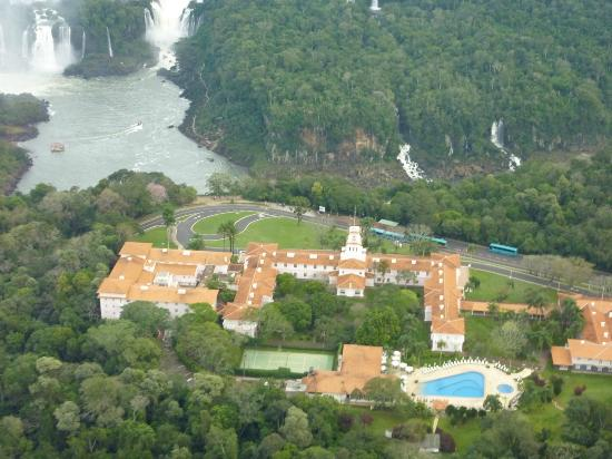 Belmond Hotel das Cataratas: View of hotel from helicopter