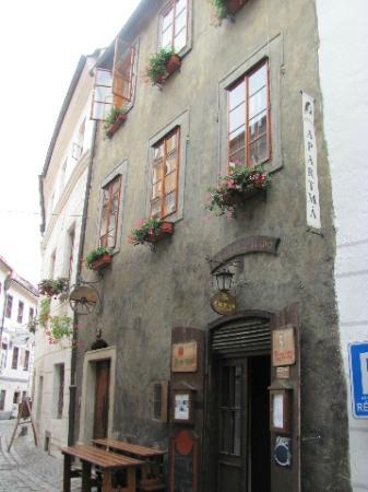 Gypsy Bar (Cikanska Jizba): front