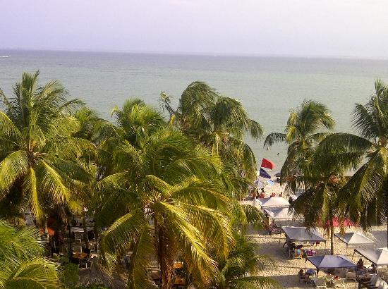 Yaque Beach Hotel: Cercania del hotel a la playa 