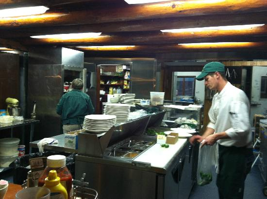 Gwin's Lodge and Restaurant: Gwin's Kitchen