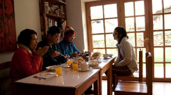 Apu Lodge: En el comedor, desayunando. La mermelada de aguaymanto estuvo buenaza