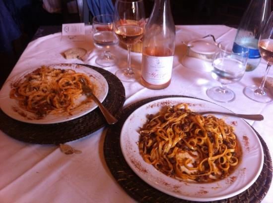 Trattoria Toscana: Pici all'anatra e tagliatelle al ragú di cinghiale...divini!!!