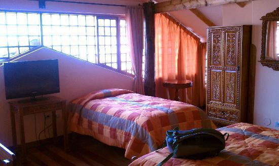 أمارو هوستل: 1 of 2 beds in penthouse room