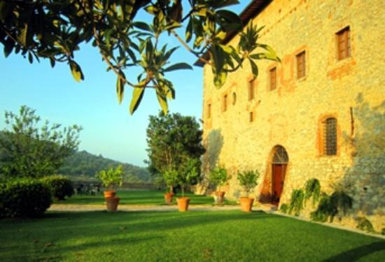 Agriturismo Sant'Anna in Camprena: The gardens