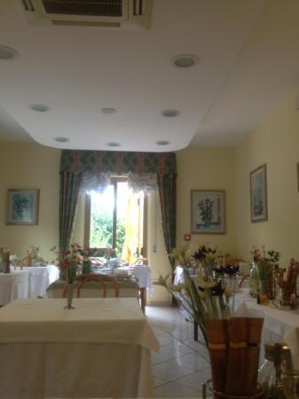 Eco Hotel Edy: Sala dove si mangia