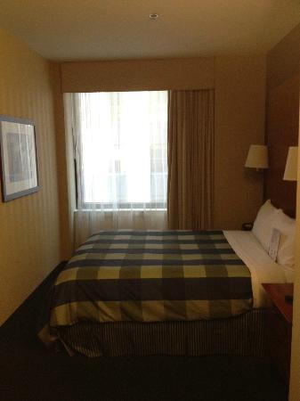 Club Quarters Hotel, Central Loop: Room