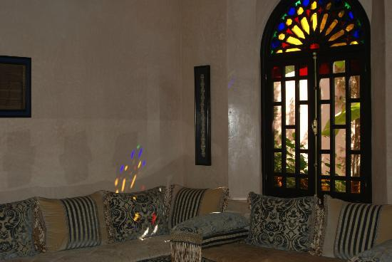 Al Fassia Aguedal: Sitting Room area