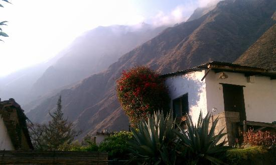 El Albergue Ollantaytambo: Views from hotel grounds