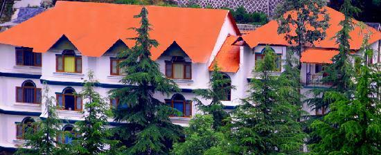 Lall Ji Tourist Resort: Hotel Front