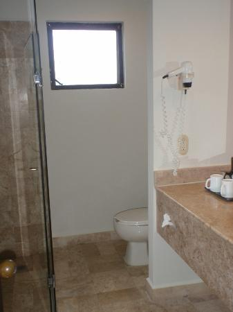 Occidental Grand Cozumel: bathroom