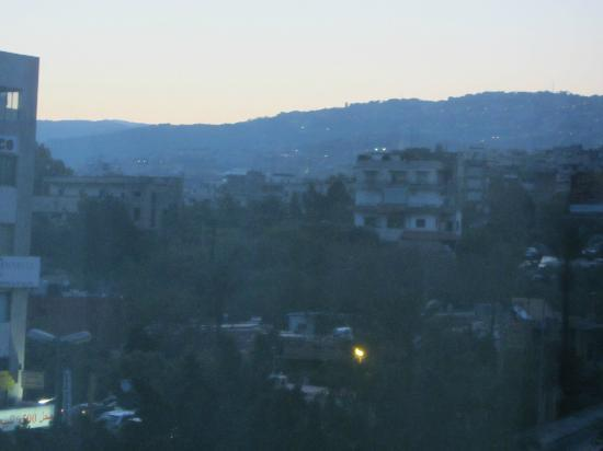 Lancaster Tamar Hotel: Evening Mountain View