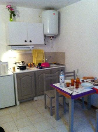 Bocca Di Feno : cucina-sala