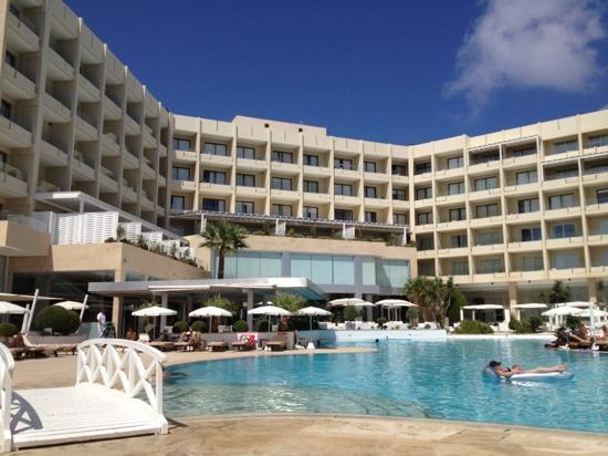Grecian Park Hotel: pool area