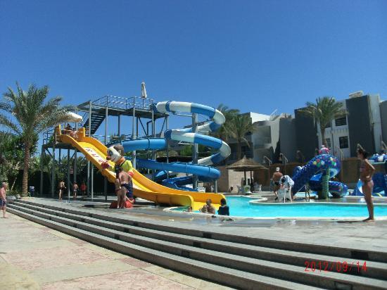 Hurghada SeaGull Beach Resort : baseny w starej części