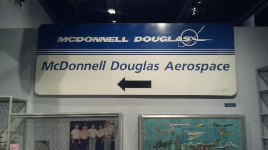 Missouri History Museum: Historical McDonnell Douglas Sign
