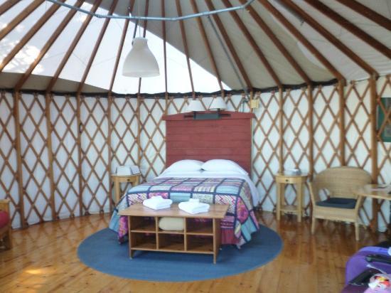 Treebones Resort: yurt