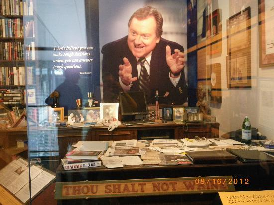 Newseum: Mock Up of Tim Russert's Office
