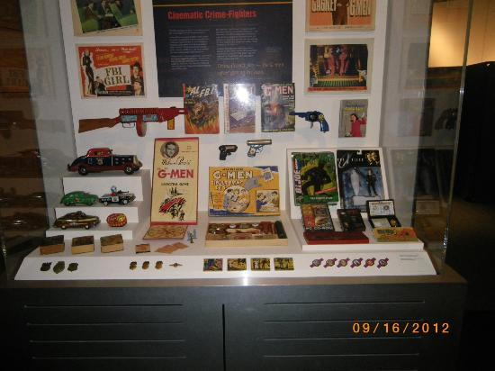 Museum Berita Newseum: G Man Toys