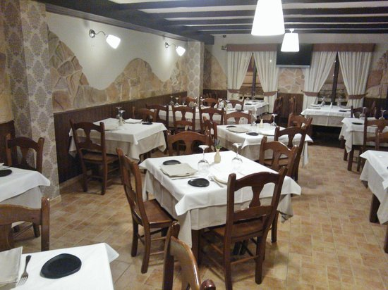 "Restaurante O Muro ""Deguste Calidad"": Comedor"