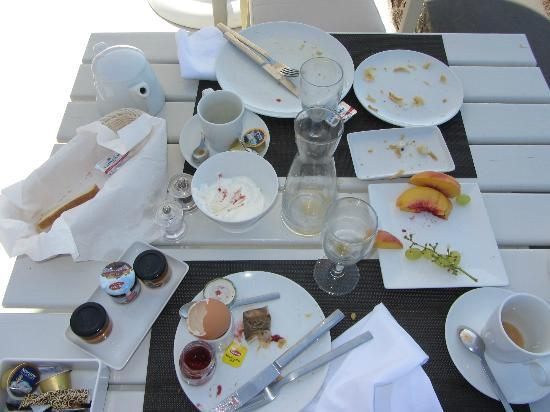 Aenaon Villas: Breakfast