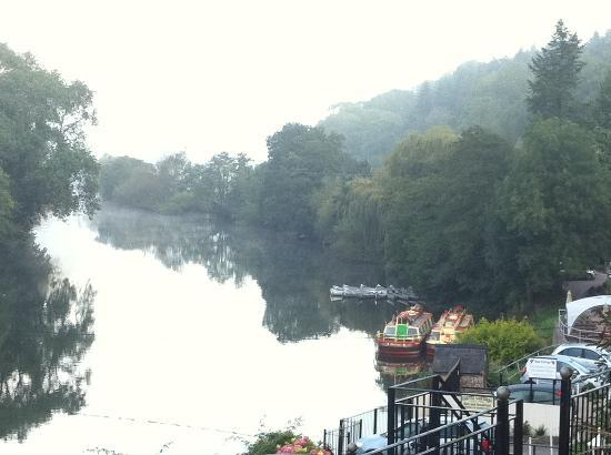 Forest View Guest House: The River Wye on your door step!