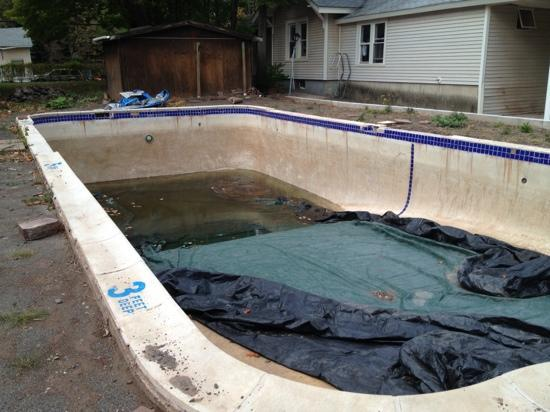 Moore's Motel: current condition of swimming pool