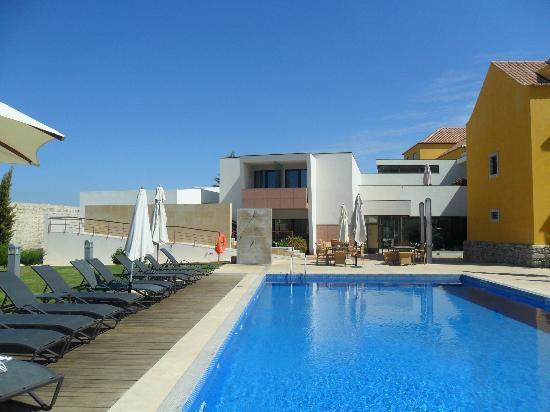 Pousada de Tavira Historic Hotel: Rooms 7 & 8 are seen straight ahead in picture