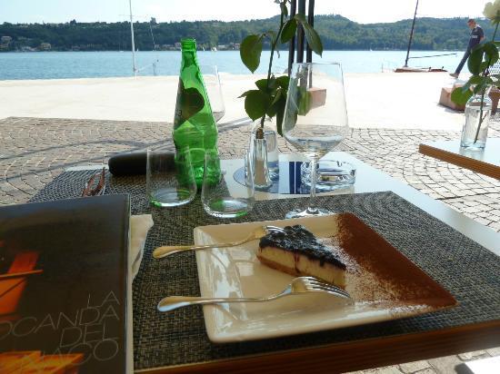 Ristorante Hotel Benaco: Käsekuchen mit Ausblick
