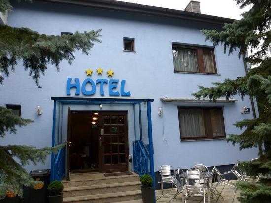 Hotel Altmann: Hotel entrance