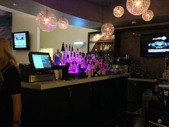 Hotel Indigo San Diego Gaslamp Quarter: Lobby bar