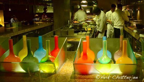 Thai Pavilion : The open kitchen.